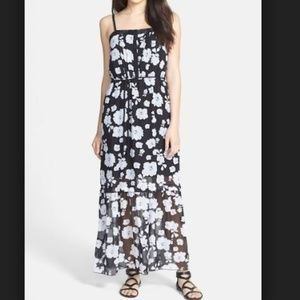 KENSIE Spaced Floral Woven Maxi Dress